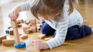 فایده اسباب بازی چوبی