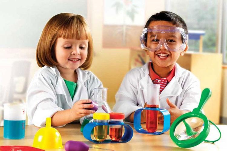 9 آزمایش علوم ساده برای کودکان