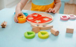 معرفی و خرید 12 اسباب بازی فکری برای کودکان